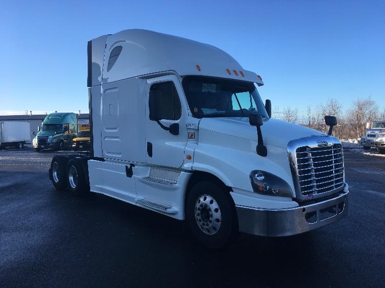 Sleeper Tractor-Heavy Duty Tractors-Freightliner-2014-Cascadia 12564ST-DARTMOUTH-NS-574,765 km-$59,750