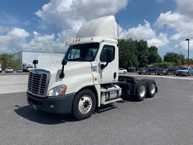 Day Cab Tractor-Heavy Duty Tractors-Freightliner-2014-Cascadia 12564ST-HAMMOND-LA-340,126 miles-$47,000