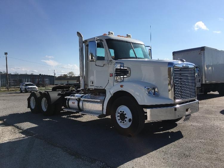 Day Cab Tractor-Heavy Duty Tractors-Freightliner-2014-CORONADO-LONGVIEW-TX-197,647 miles-$74,750