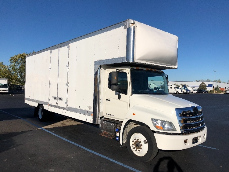 Medium Duty Box Truck-Light and Medium Duty Trucks-Hino-2012-268-CHICAGO RIDGE-IL-162,526 miles-$39,250