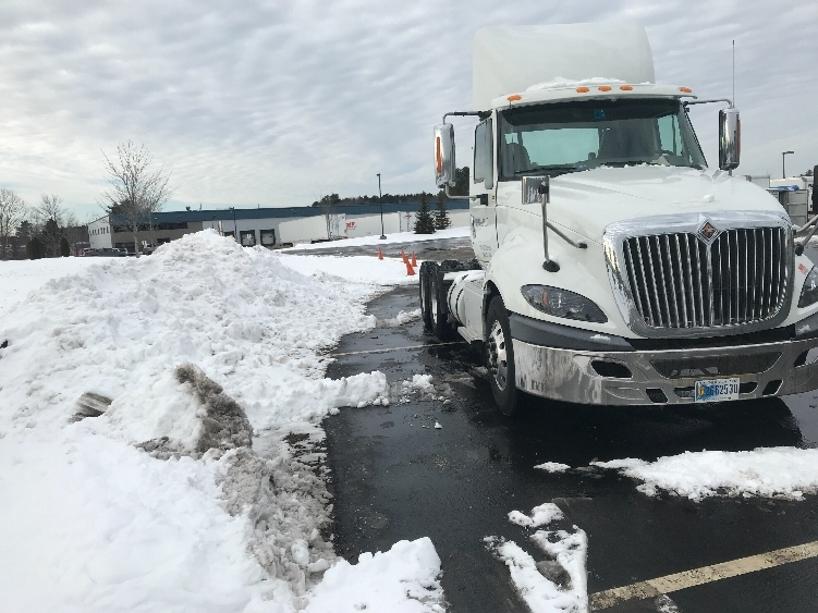 Day Cab Tractor-Heavy Duty Tractors-International-2014-ProStar-SCARBOROUGH-ME-379,576 miles-$44,500