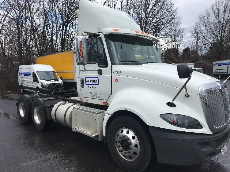 Day Cab Tractor-Heavy Duty Tractors-International-2014-ProStar-SANDSTON-VA-347,624 miles-$35,500