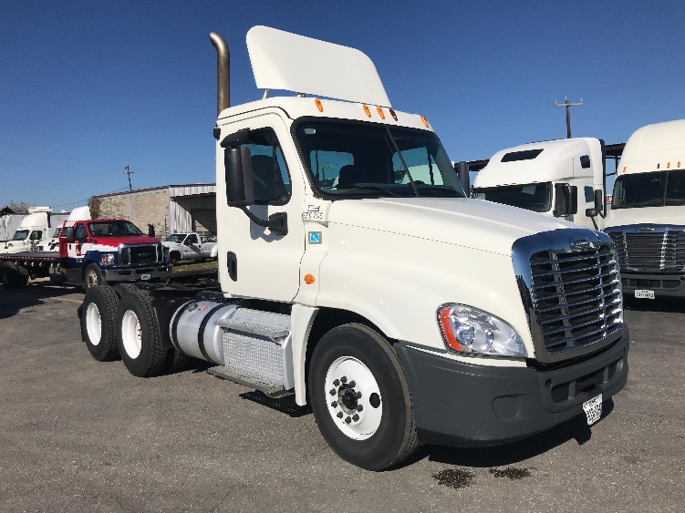 Day Cab Tractor-Heavy Duty Tractors-Freightliner-2014-Cascadia 12564ST-SAN ANTONIO-TX-169,069 miles-$49,250