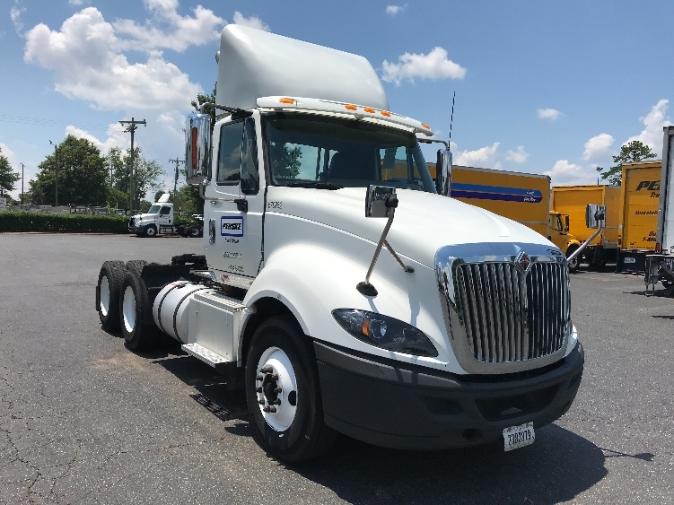 Day Cab Tractor-Heavy Duty Tractors-International-2014-ProStar-CHARLOTTE-NC-300,479 miles-$38,500