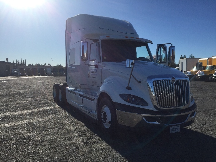 Sleeper Tractor-Heavy Duty Tractors-International-2014-ProStar-WEST SACRAMENTO-CA-368,422 miles-$61,250