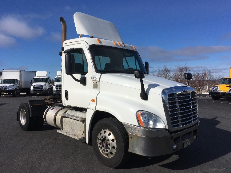 Day Cab Tractor-Heavy Duty Tractors-Freightliner-2014-Cascadia 12542ST-DARTMOUTH-NS-495,939 km-$36,500