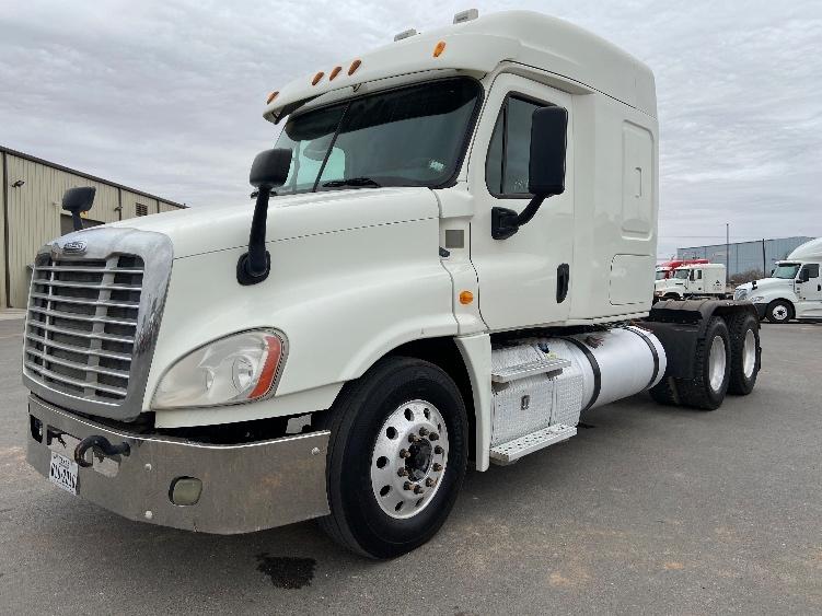 Sleeper Tractor-Heavy Duty Tractors-Freightliner-2014-Cascadia 12564ST-ODESSA-TX-236,001 miles-$41,750