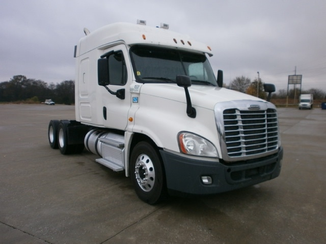Sleeper Tractor-Heavy Duty Tractors-Freightliner-2014-Cascadia 12564ST-BOWLING GREEN-KY-449,020 miles-$37,750