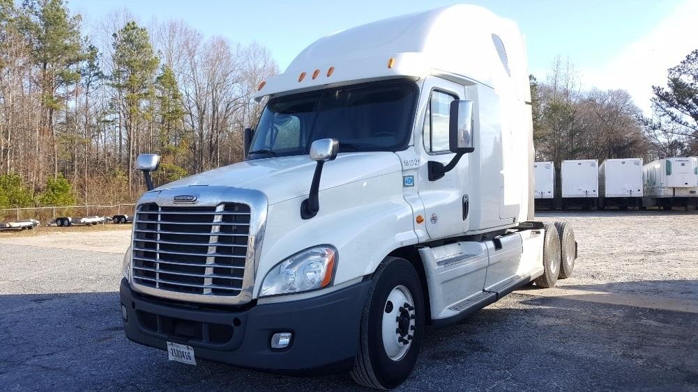 Sleeper Tractor-Heavy Duty Tractors-Freightliner-2014-Cascadia 12564ST-GREENVILLE-SC-548,682 miles-$52,750