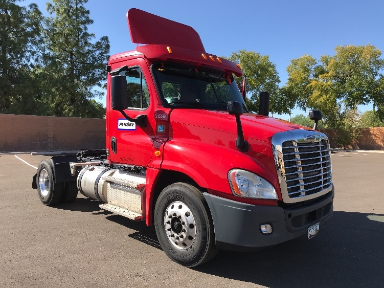 Day Cab Tractor-Heavy Duty Tractors-Freightliner-2014-Cascadia 12542ST-PHOENIX-AZ-246,642 miles-$42,250