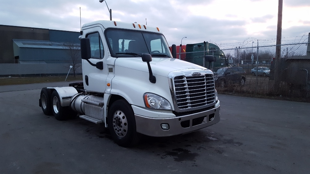Day Cab Tractor-Heavy Duty Tractors-Freightliner-2014-Cascadia 12564ST-HAMILTON-ON-287,648 km-$77,750