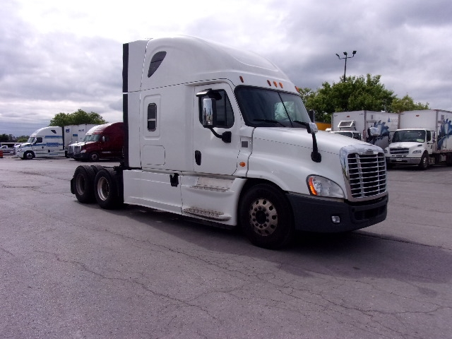 Sleeper Tractor-Heavy Duty Tractors-Freightliner-2014-Cascadia 12564ST-MISSISSAUGA-ON-738,044 km-$73,000