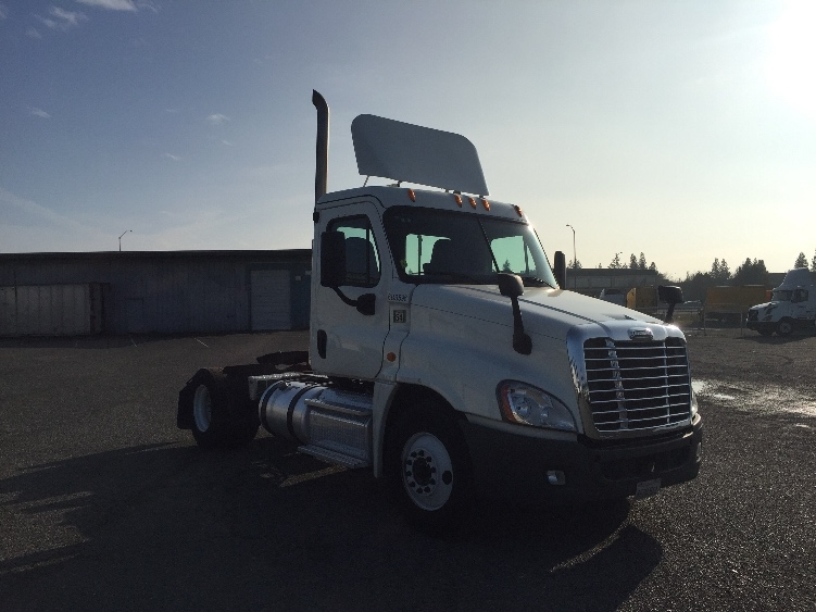 Day Cab Tractor-Heavy Duty Tractors-Freightliner-2014-Cascadia 12542ST-WEST SACRAMENTO-CA-135,707 miles-$62,250