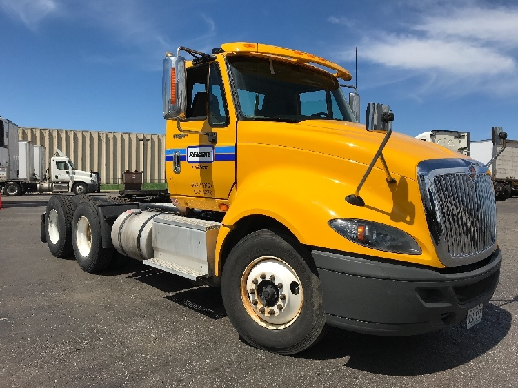 Day Cab Tractor-Heavy Duty Tractors-International-2014-ProStar-EARTH CITY-MO-273,488 miles-$45,500
