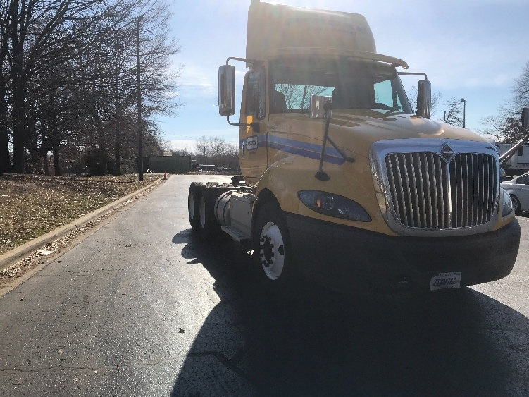 Day Cab Tractor-Heavy Duty Tractors-International-2014-ProStar-JESSUP-MD-330,154 miles-$11,000