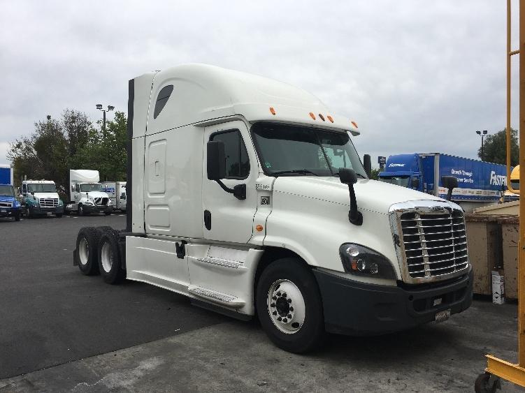 Sleeper Tractor-Heavy Duty Tractors-Freightliner-2014-Cascadia 12564ST-WEST SACRAMENTO-CA-379,984 miles-$56,750