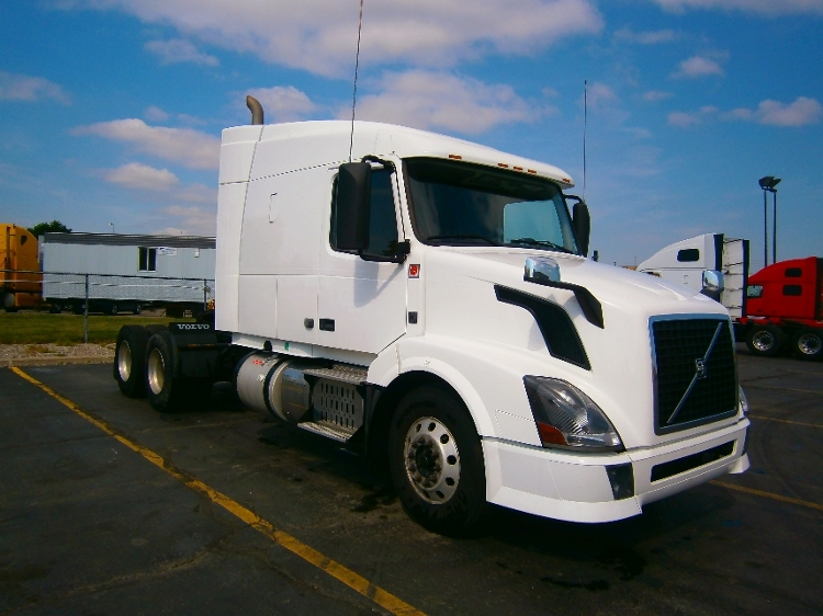Sleeper Tractor-Heavy Duty Tractors-Volvo-2014-VNL64T630-MISSISSAUGA-ON-634,125 km-$50,750