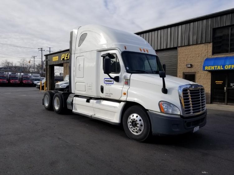 Sleeper Tractor-Heavy Duty Tractors-Freightliner-2014-Cascadia 12564ST-NORTH BERGEN-NJ-512,977 miles-$50,500