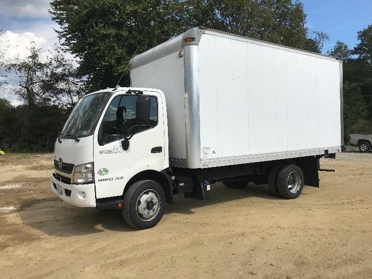 Medium Duty Box Truck-Light and Medium Duty Trucks-Hino-2014-195-ASHEVILLE-NC-148,810 miles-$35,500