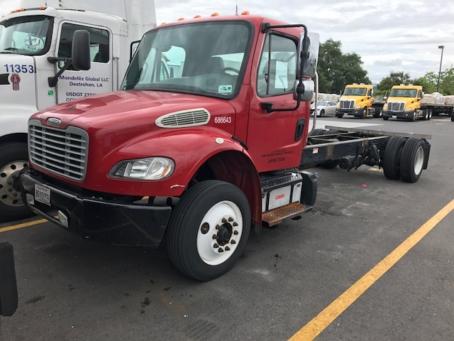 Medium Duty Box Truck-Light and Medium Duty Trucks-Freightliner-2014-M2-BATON ROUGE-LA-212,246 miles-$13,000