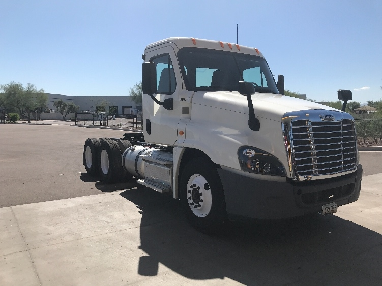 Day Cab Tractor-Heavy Duty Tractors-Freightliner-2014-Cascadia 12564ST-PHOENIX-AZ-144,000 miles-$50,250