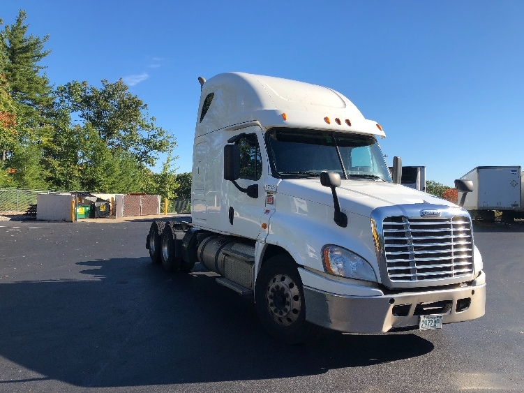 Sleeper Tractor-Heavy Duty Tractors-Freightliner-2014-Cascadia 12564ST-LONDONDERRY-NH-491,158 miles-$48,500