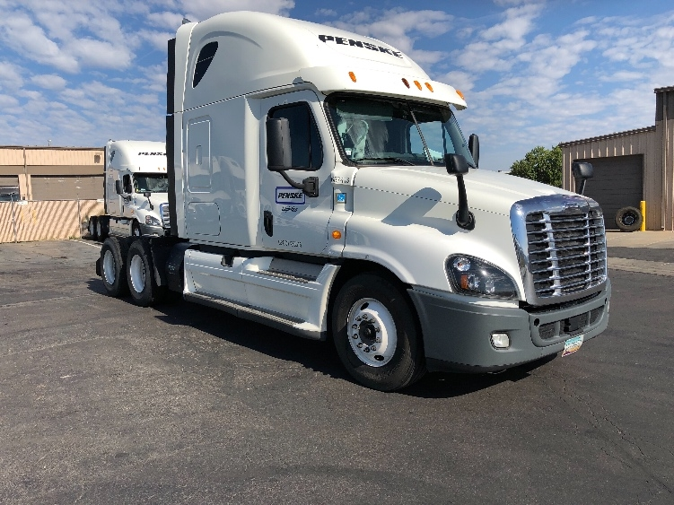 Sleeper Tractor-Heavy Duty Tractors-Freightliner-2014-Cascadia 12564ST-PHOENIX-AZ-542,227 miles-$41,750