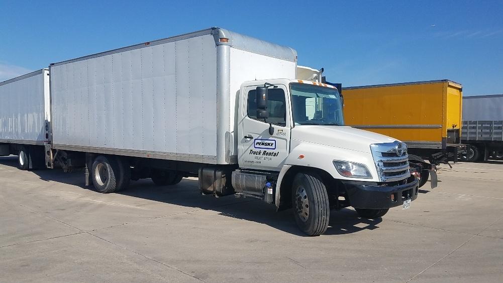 Medium Duty Box Truck-Light and Medium Duty Trucks-Hino-2014-268-ARLINGTON-TX-139,894 miles-$48,000