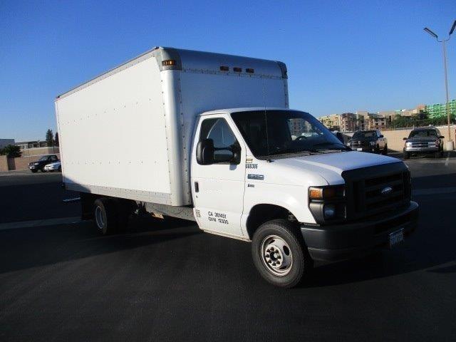 Medium Duty Box Truck-Light and Medium Duty Trucks-Ford-2014-E350-TORRANCE-CA-109,576 miles-$18,000