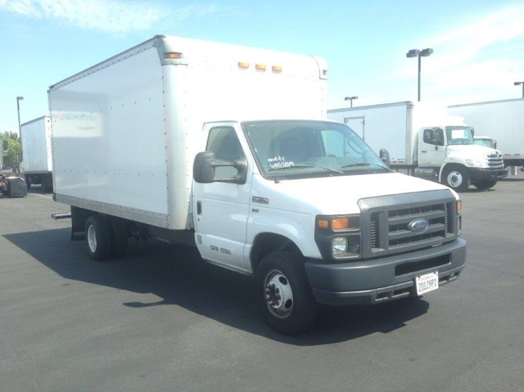 Medium Duty Box Truck-Light and Medium Duty Trucks-Ford-2014-E350-TORRANCE-CA-89,986 miles-$19,500