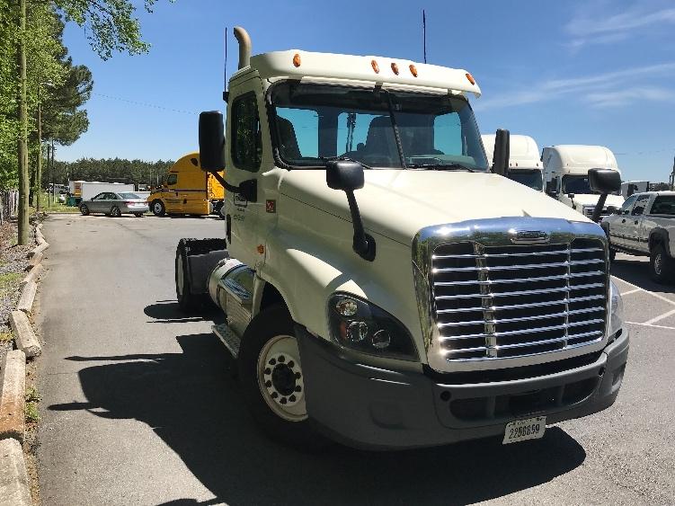 Day Cab Tractor-Heavy Duty Tractors-Freightliner-2015-Cascadia 12542ST-DALTON-GA-240,862 miles-$58,000