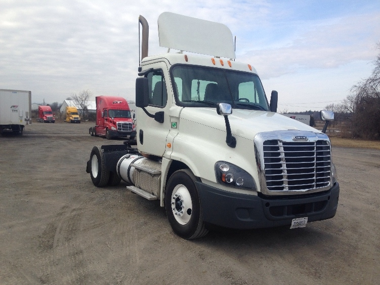 Day Cab Tractor-Heavy Duty Tractors-Freightliner-2014-Cascadia 12542ST-MUSKOGEE-OK-514,890 miles-$46,250