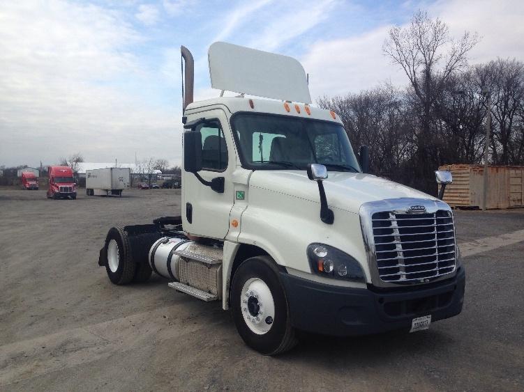 Day Cab Tractor-Heavy Duty Tractors-Freightliner-2014-Cascadia 12542ST-OKLAHOMA CITY-OK-383,446 miles-$50,750