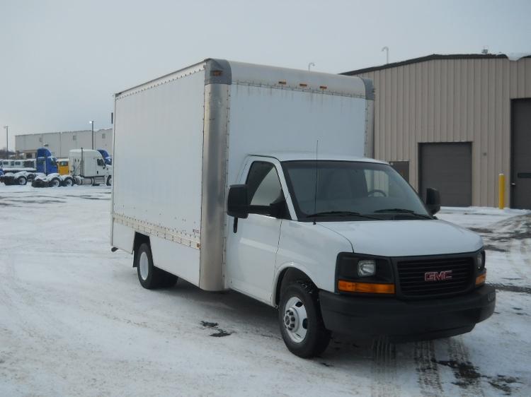 Light Duty Box Truck-Light and Medium Duty Trucks-GMC-2014-Savana G33803-YOUNGSTOWN-OH-124,224 miles-$19,250