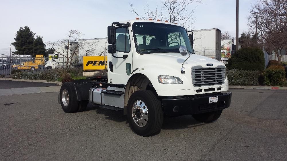 Day Cab Tractor-Heavy Duty Tractors-Freightliner-2014-M2-HAYWARD-CA-144,166 miles-$44,750