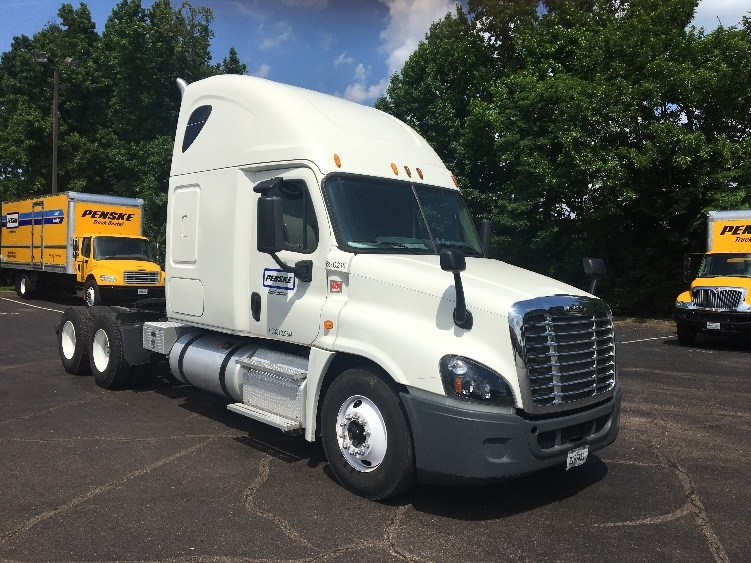 Sleeper Tractor-Heavy Duty Tractors-Freightliner-2014-Cascadia 12564ST-KNOXVILLE-TN-481,662 miles-$49,000