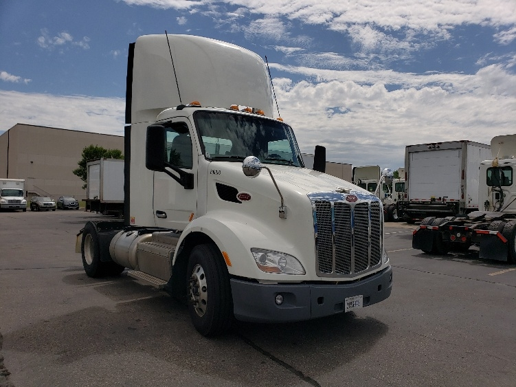Day Cab Tractor-Heavy Duty Tractors-Peterbilt-2014-579-ROSEVILLE-MN-363,200 miles-$48,000