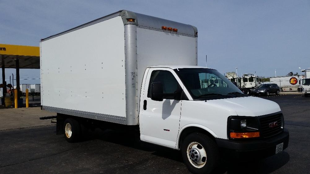 Light Duty Box Truck-Light and Medium Duty Trucks-GMC-2014-Savana G33903-PEWAUKEE-WI-124,889 miles-$22,250