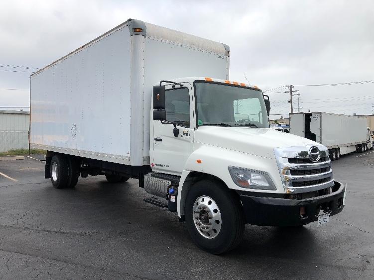 Medium Duty Box Truck-Light and Medium Duty Trucks-Hino-2014-338-SAINT LOUIS-MO-52,696 miles-$39,250