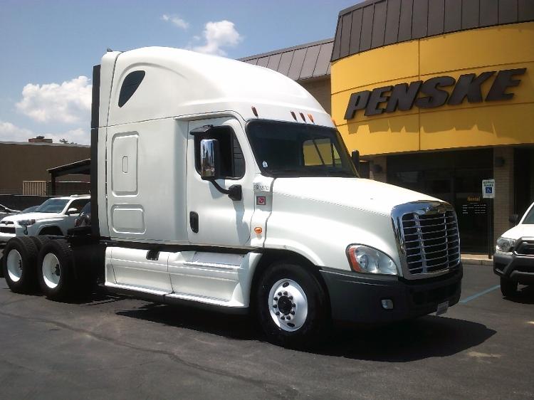 Sleeper Tractor-Heavy Duty Tractors-Freightliner-2014-Cascadia 12564ST-BELDEN-MS-558,868 miles-$60,000