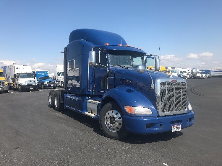 Sleeper Tractor-Heavy Duty Tractors-Peterbilt-2014-386-DENVER-CO-781,874 miles-$42,750