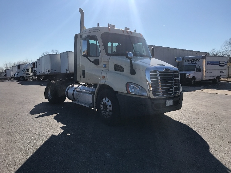 Day Cab Tractor-Heavy Duty Tractors-Freightliner-2014-Cascadia 11342ST-JESSUP-MD-287,378 miles-$38,000
