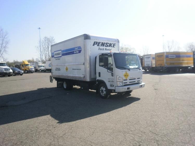 Medium Duty Box Truck-Light and Medium Duty Trucks-Isuzu-2015-NPR-AKRON-OH-118,429 miles-$34,250
