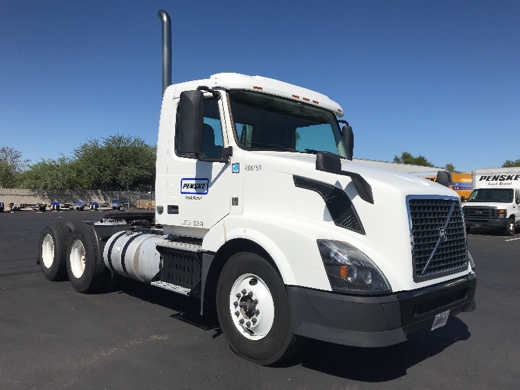 Day Cab Tractor-Heavy Duty Tractors-Volvo-2015-VNL64T300-PHOENIX-AZ-229,503 miles-$53,750