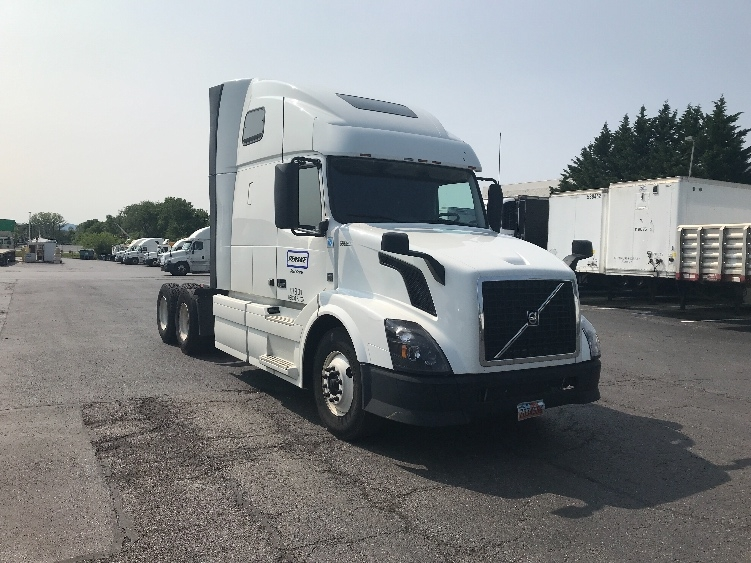 Sleeper Tractor-Heavy Duty Tractors-Volvo-2015-VNL64T670-HAGERSTOWN-MD-498,351 miles-$47,750