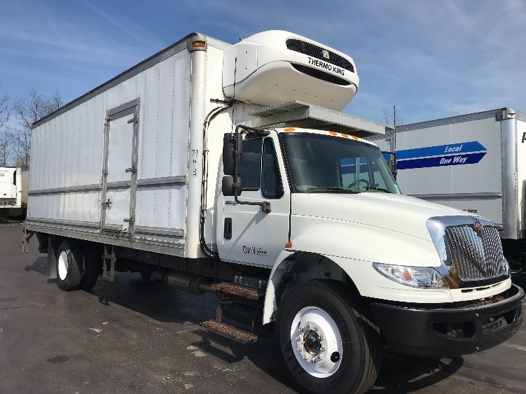Reefer Truck-Light and Medium Duty Trucks-International-2015-4300-YOUNGSTOWN-OH-147,756 miles-$48,250