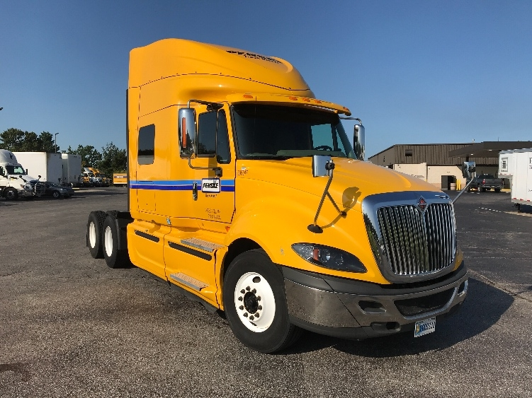 Sleeper Tractor-Heavy Duty Tractors-International-2015-ProStar-LEXINGTON-KY-439,935 miles-$35,500