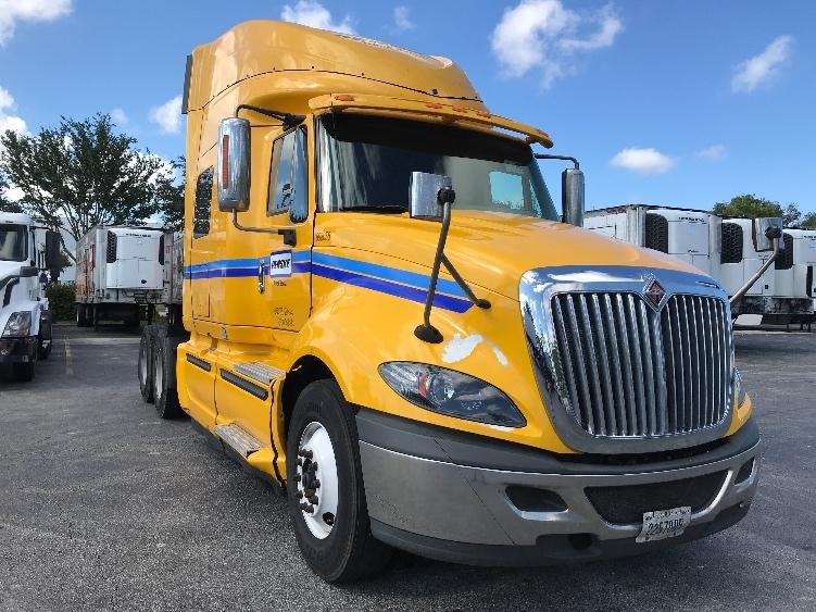 Sleeper Tractor-Heavy Duty Tractors-International-2015-ProStar-RIVIERA BEACH-FL-510,896 miles-$35,000