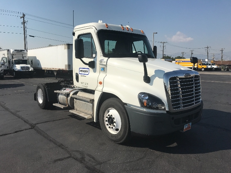Day Cab Tractor-Heavy Duty Tractors-Freightliner-2015-Cascadia 12542ST-WEST VALLEY CITY-UT-197,856 miles-$49,250