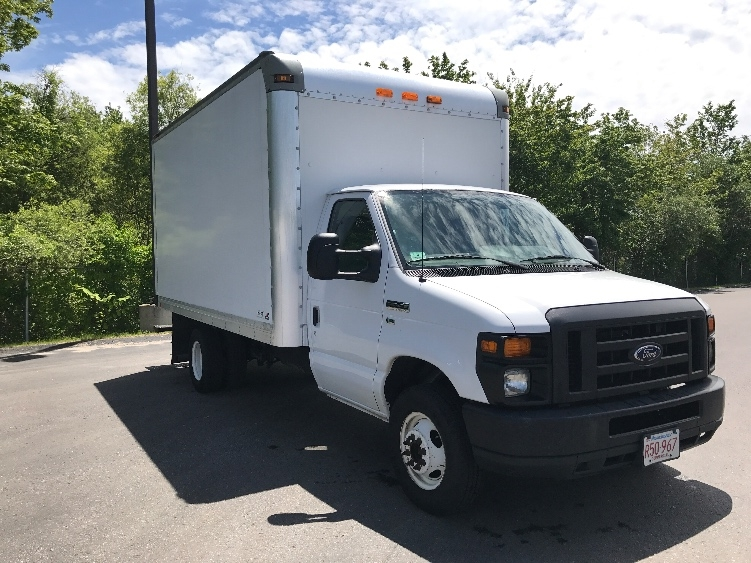 Medium Duty Box Truck-Light and Medium Duty Trucks-Ford-2014-E350-NEW BEDFORD-MA-161,090 miles-$13,000